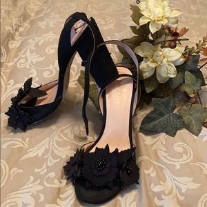 Kate Spade Black Flowered Block Heels Sz 7M